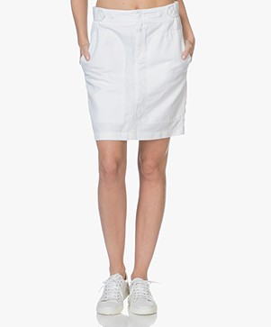 Closed Peony Skirt in Linen Blend - White