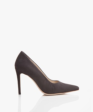 Feraggio Suede Pumps - Nearly Black