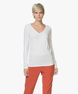 Majestic Chelsy Deluxe V-neck Long Sleeve - Milky White