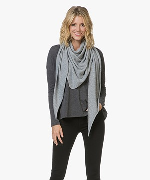 Resort Finest Cashmere Blend Sella Triangle Scarf - Grey