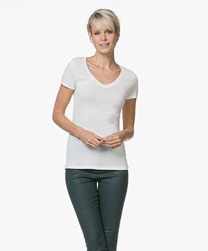 Petit Bateau V-hals T-shirt in Lichte Katoen - Marshmallow