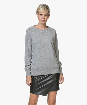 Repeat Cashmere Round Neck Pullover - Light Grey