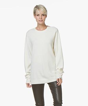 extreme cashmere N°36 Be Classic Ronde Hals Trui - Cream