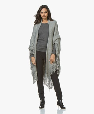Manos del Uruguay Cadaquez Triangle Scarf - Light Grey