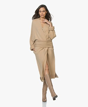 Extreme Cashmere N°61 Koto Maxi-lengte Vest - Camel