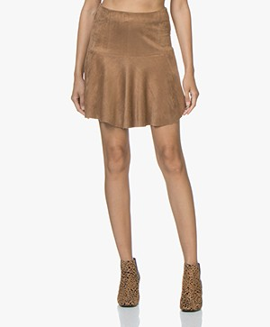 indi & cold Falda Faux-suede Flared Skirt - Camel