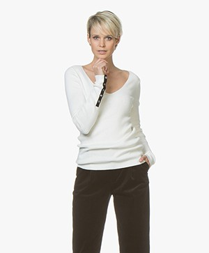 Plein Publique La Papillion V-Neck Sweater - Ecru