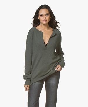 extreme cashmere N°66 Be Good Splithals Trui - Kaki