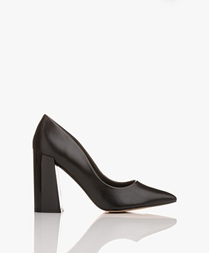 Matt & Nat Stessy Puntige Pumps - Zwart