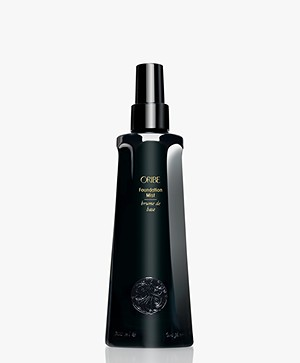 Oribe Foundation Mist - Signature Collection