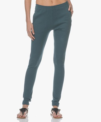 BY-BAR Mon Pant Ribbed Jersey Broek - Oil Blue