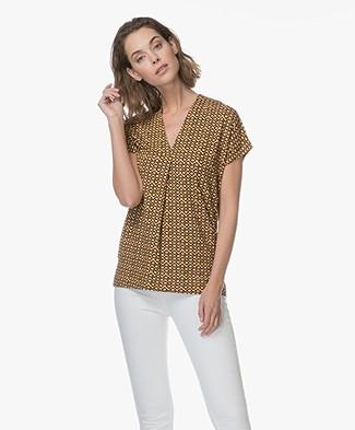 Kyra & Ko Beatrice V-Neck Print T-shirt - Mango