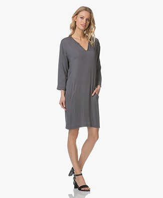 Project AJ117 Tunic Dress Billie in Viscose - Dusky Grey