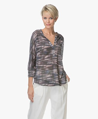 Repeat Linen V-slit T-shirt - Print Zigzag Multicolored