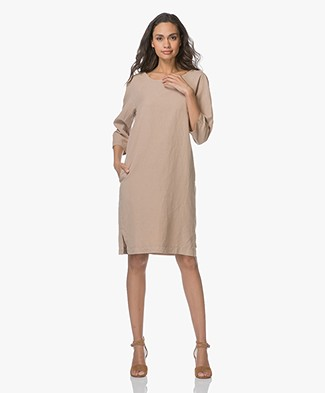 no man's land Shift Dress in Linen Blend - Desert