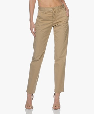 Closed Babette Loose-fit Chino - Sugar Cane