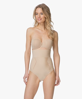 Calvin Klein High-waist Shaping String - Bare