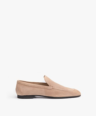Closed Suede Loafer - Beach