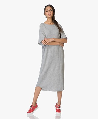 extreme cashmere N°44 Cashmere Teelong Jurk - Grijs