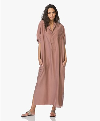 extreme cashmere N°68 Lord Maxi-Blousejurk in Habotai Zijde - Clay