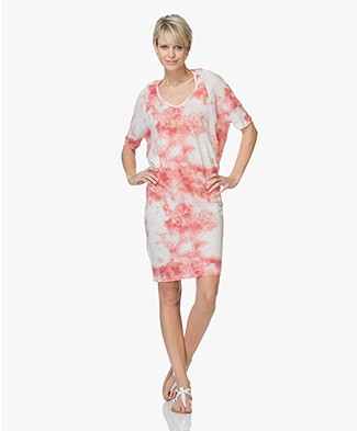 Majestic Filatures Oversized Linen Dress - Tie and Dye Cardinal