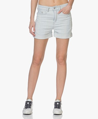 Drykorn Bumble Gestreepte Denim Short - Lichtblauw/Off-white