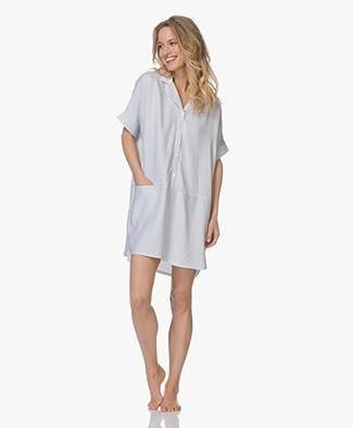 Calvin Klein Gestreept Nachthemd in Viscose - Wit/Donkerblauw