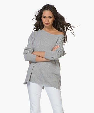 Resort Finest Cashmere Blend Boat Neck Pullover with Buttons - Grey