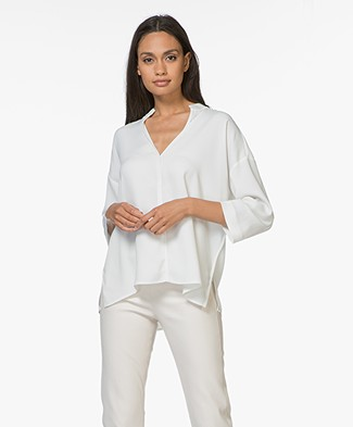 By Malene Birger Acosa Blouse met Splithals - Soft White