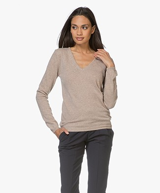 Resort Finest Via Pullover met V-hals - Beige