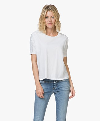 Closed Jersey T-shirt met Crochet Details - Wit
