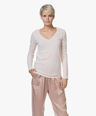 Majestic Filatures Chelsy Deluxe V-neck Long Sleeve - Pétale