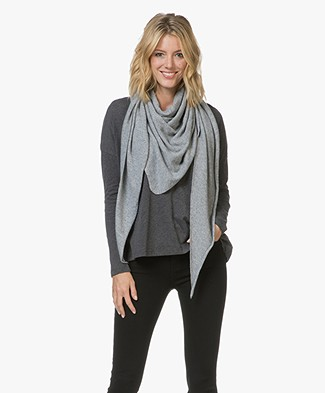 Resort Finest Cashmere Blend Scarf - Grey