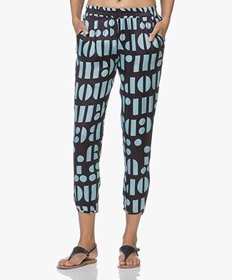 SLUIZ. Ibiza Cropped Pants - Letters
