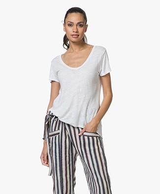 SLUIZ. Ibiza Linen V-Neck T-shirt - White