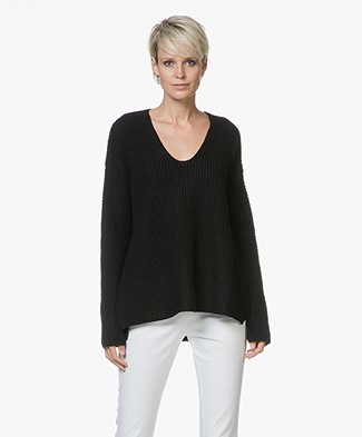 Repeat Merino Moss Knit V-neck Sweater - Black