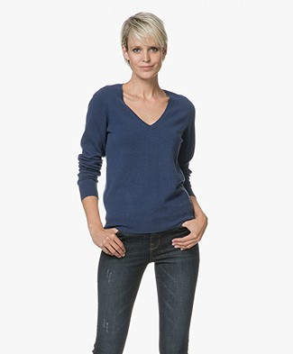 Repeat Cashmere V-Neck Pullover - Dark Blue