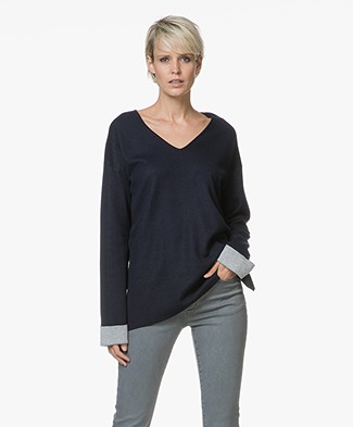 Repeat V-neck Pullover with Contrasting Inside - Navy/Light Grey