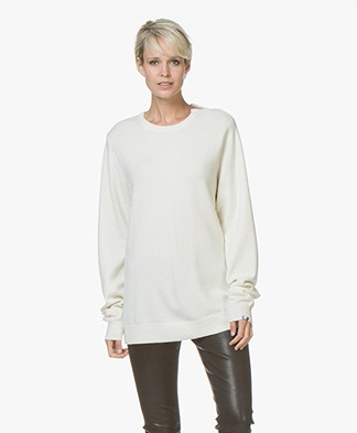 extreme cashmere N°36 Be Classic Ronde Hals Trui - Cream