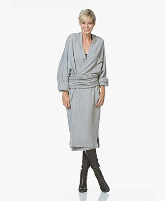 extreme cashmere N°8 Multifunctional Accessory - Grey