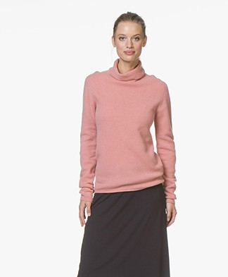 Majestic Turtleneck Sweater in Merino and Cashmere - Blush