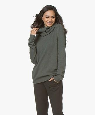 extreme cashmere N°8 Multifunctional Accessory - Khaki