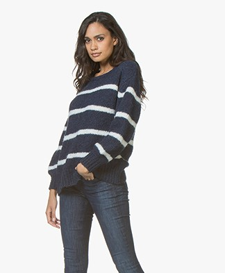 LEÏ 1984 Claro Wool Blend Boat Neck Striped Sweater - Nacre/Navy