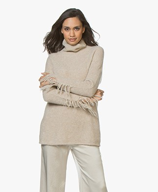 no man's land Fringe Turtleneck Sweater - Light Oak