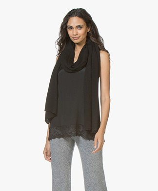 Repeat Merino Knitted Scarf - Black
