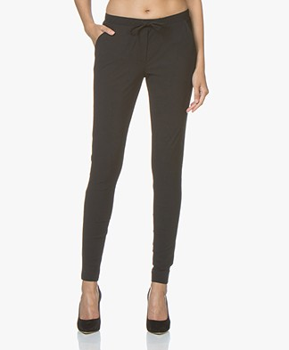 Woman By Earn Fae Travel Jersey Pants - Black