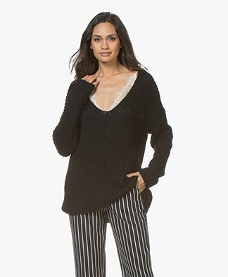 Drykorn Linna Chunky Knit V-neck Sweater - Black