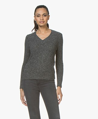 Majestic Filatures V-neck Sweater in Pure Cashmere - Anthracite Melange