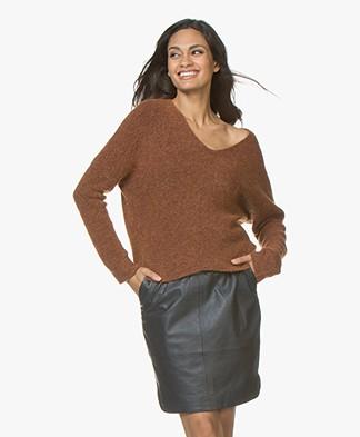 MKT Studio Konica Rib V-neck Sweater - Cognac