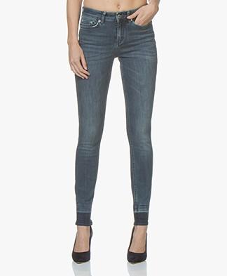 Drykorn Pull Released Hem Skinny Jeans - Mid Blue